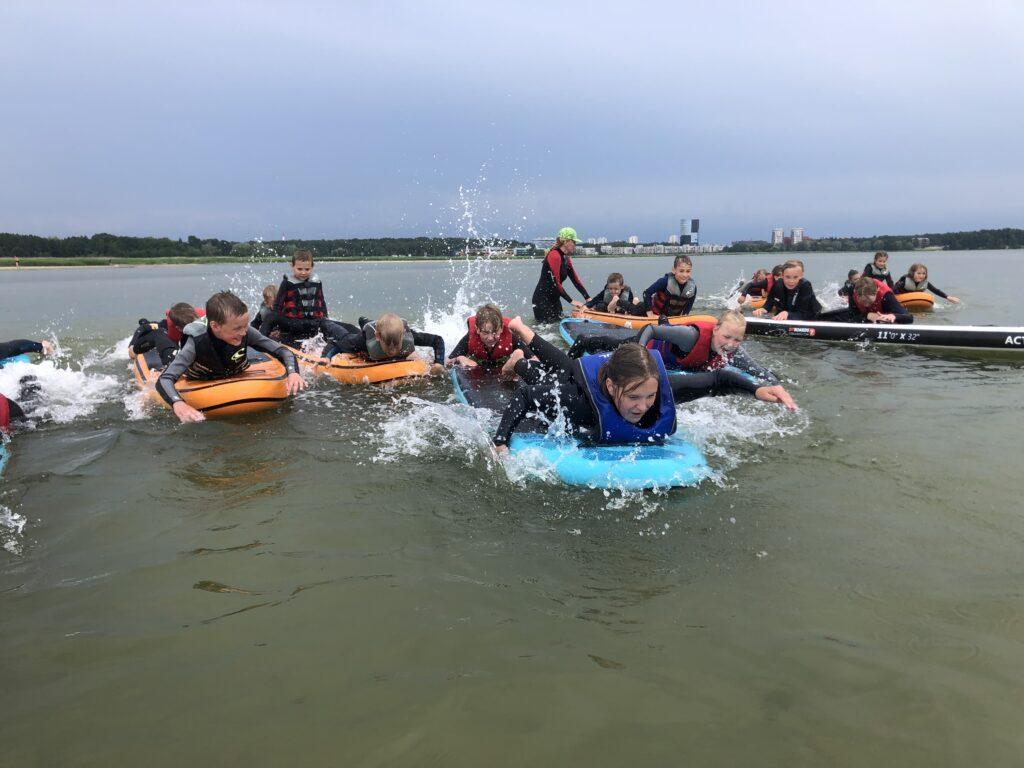 Surfylaste laager